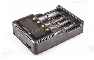 Фото 4 зарядного устройства Fenix ARE-C2+